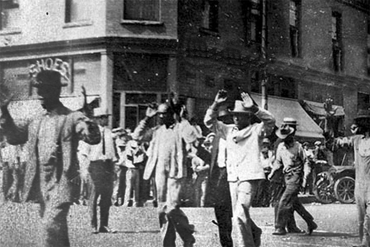 Joe Biden 100. yılında Tulsa Katliamı kurbanlarını andı #4