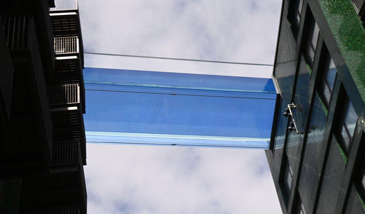 Dünyanın ilk transparan gökyüzüne ziyaretçi yoğunluğu #3