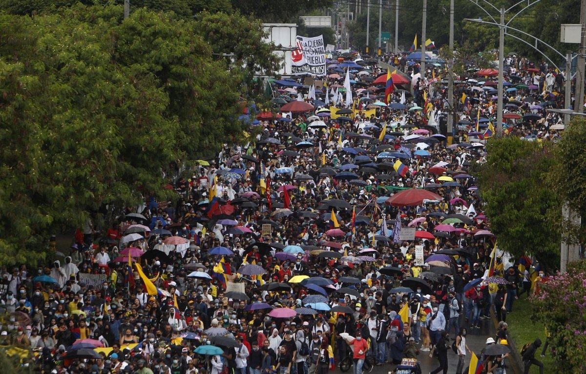 Kolombiya'da, gösterilerde toplam 48 kişi öldü #2