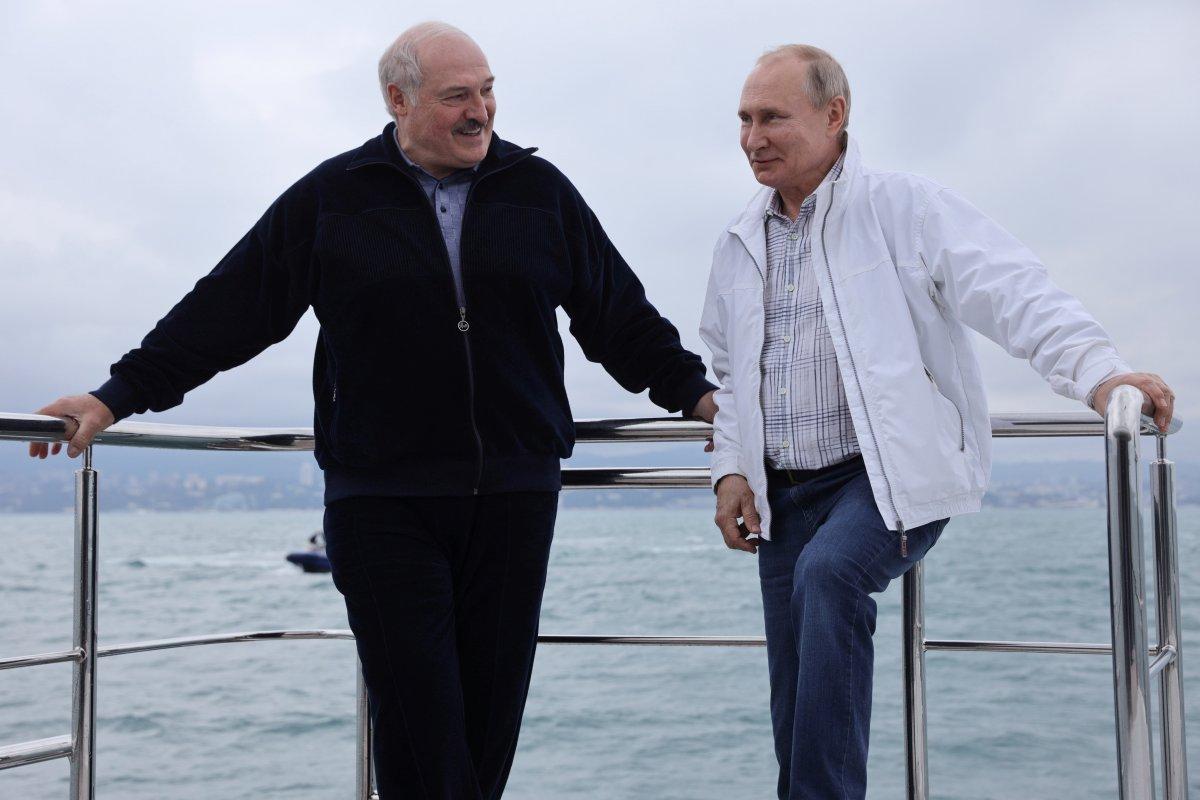 Lukaşenko: Batı'ya karşı Rusya ile hareket edeceğiz #1