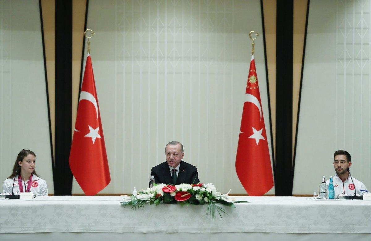 Cumhurbaşkanı Erdoğan başarılı cimnastikçileri kabul etti #2