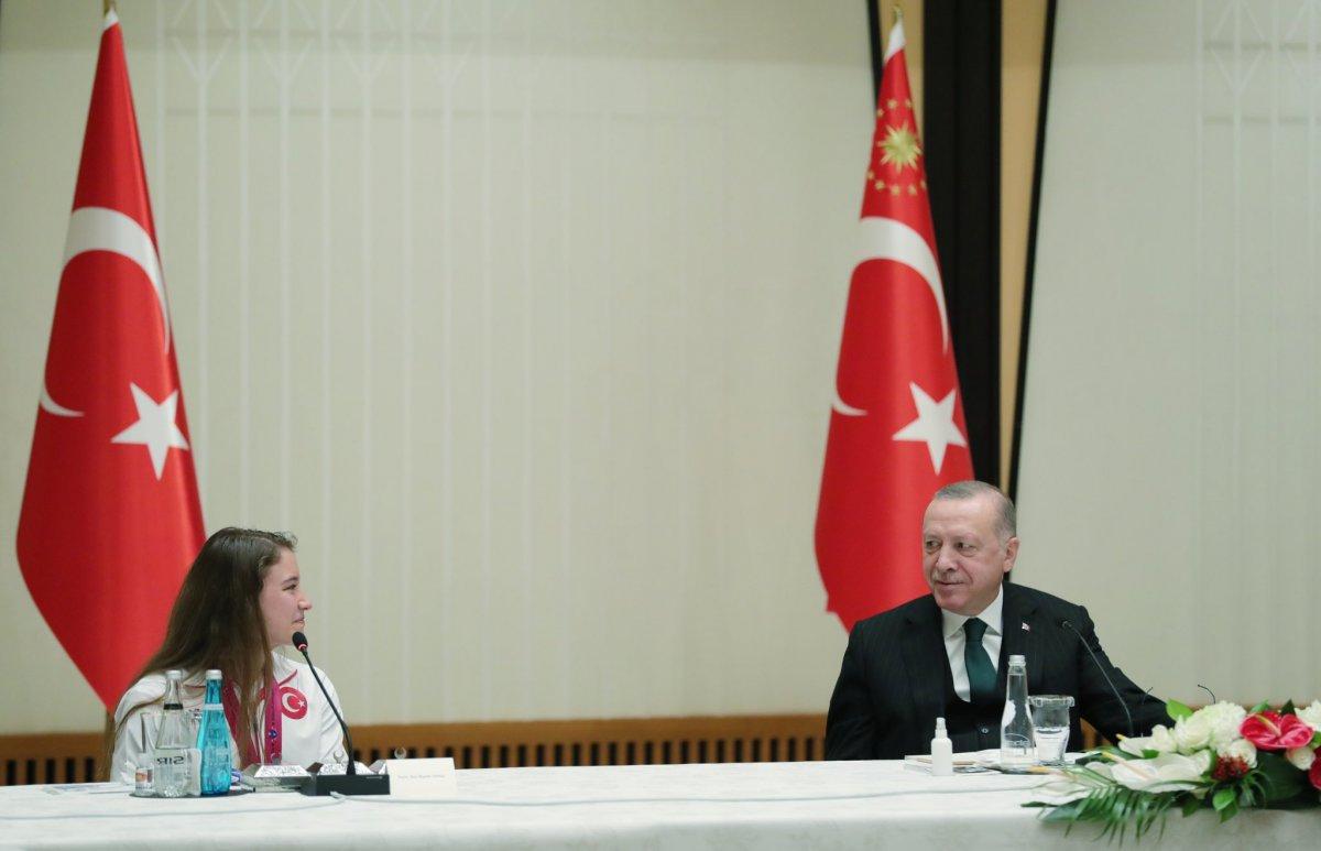 Cumhurbaşkanı Erdoğan başarılı cimnastikçileri kabul etti #1