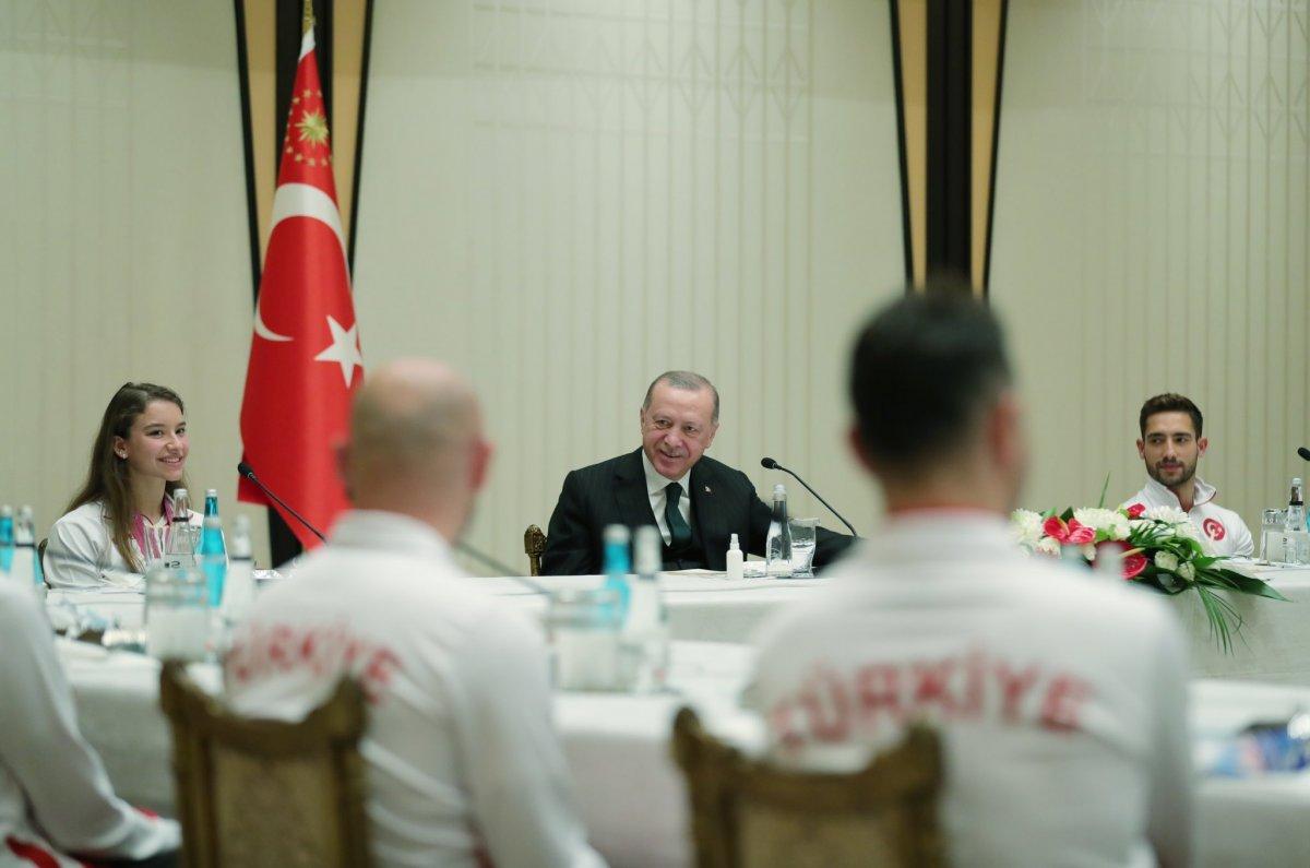 Cumhurbaşkanı Erdoğan başarılı cimnastikçileri kabul etti #3