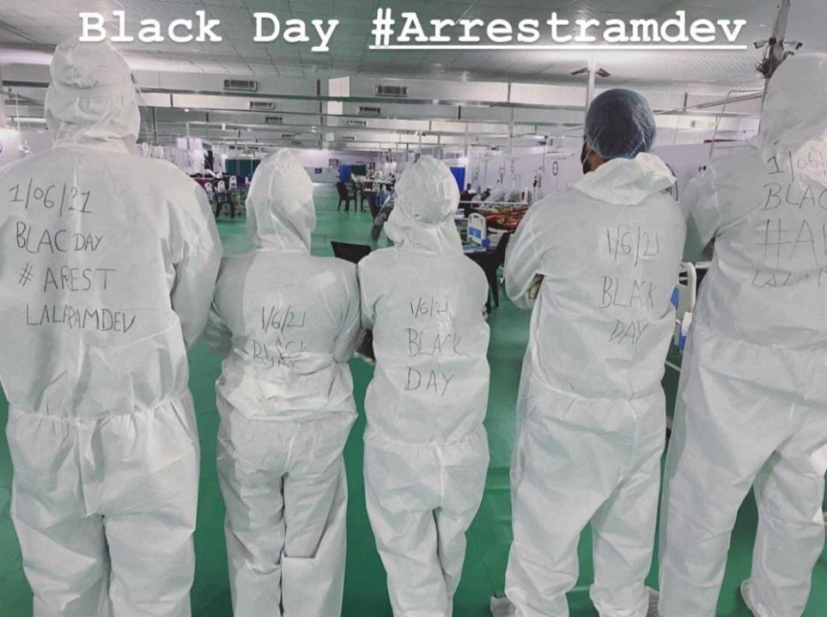 Hindistan da yoga gurusu Ramdev ile sağlık çalışanları karşı karşıya #2