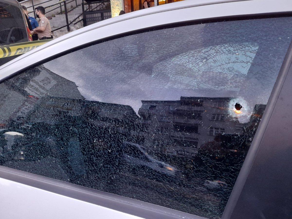 Eyüpsultan da bir kafeye silahlı saldırı: 1 ölü 2 yaralı #2