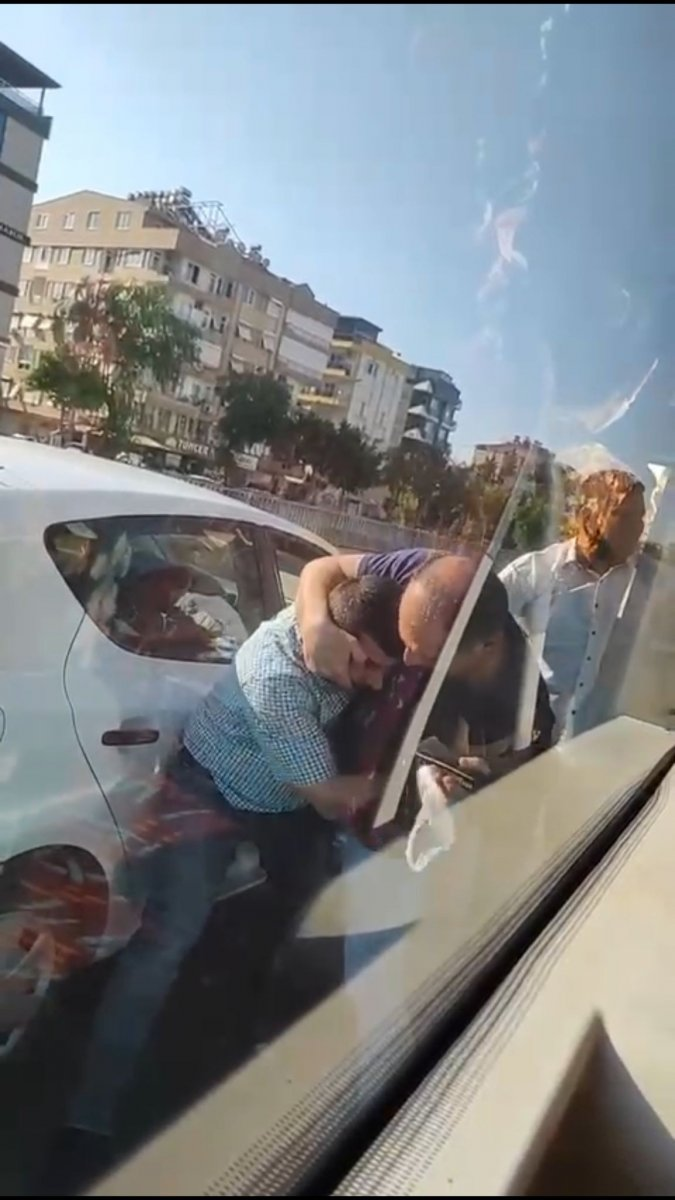Antalya da yolcu otobüsü şoförüne paspaslı saldırı #3