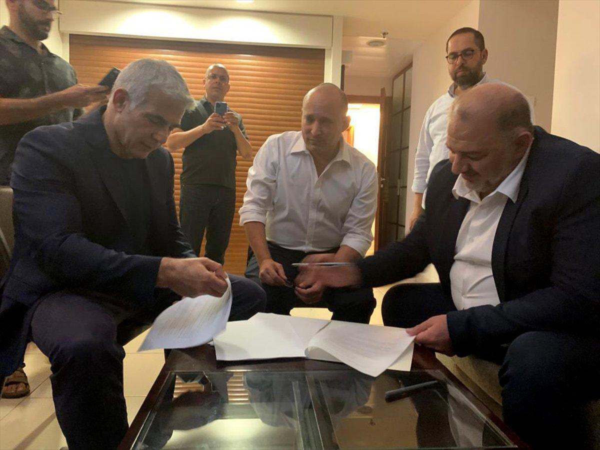 İsrail de Netanyahu ya karşı koalisyon hükümeti kuruldu #1