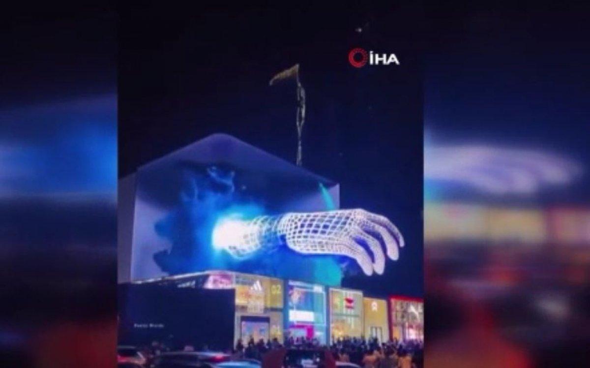 Çin'de 3 boyutlu reklamlar görenleri şaşırtıyor #4