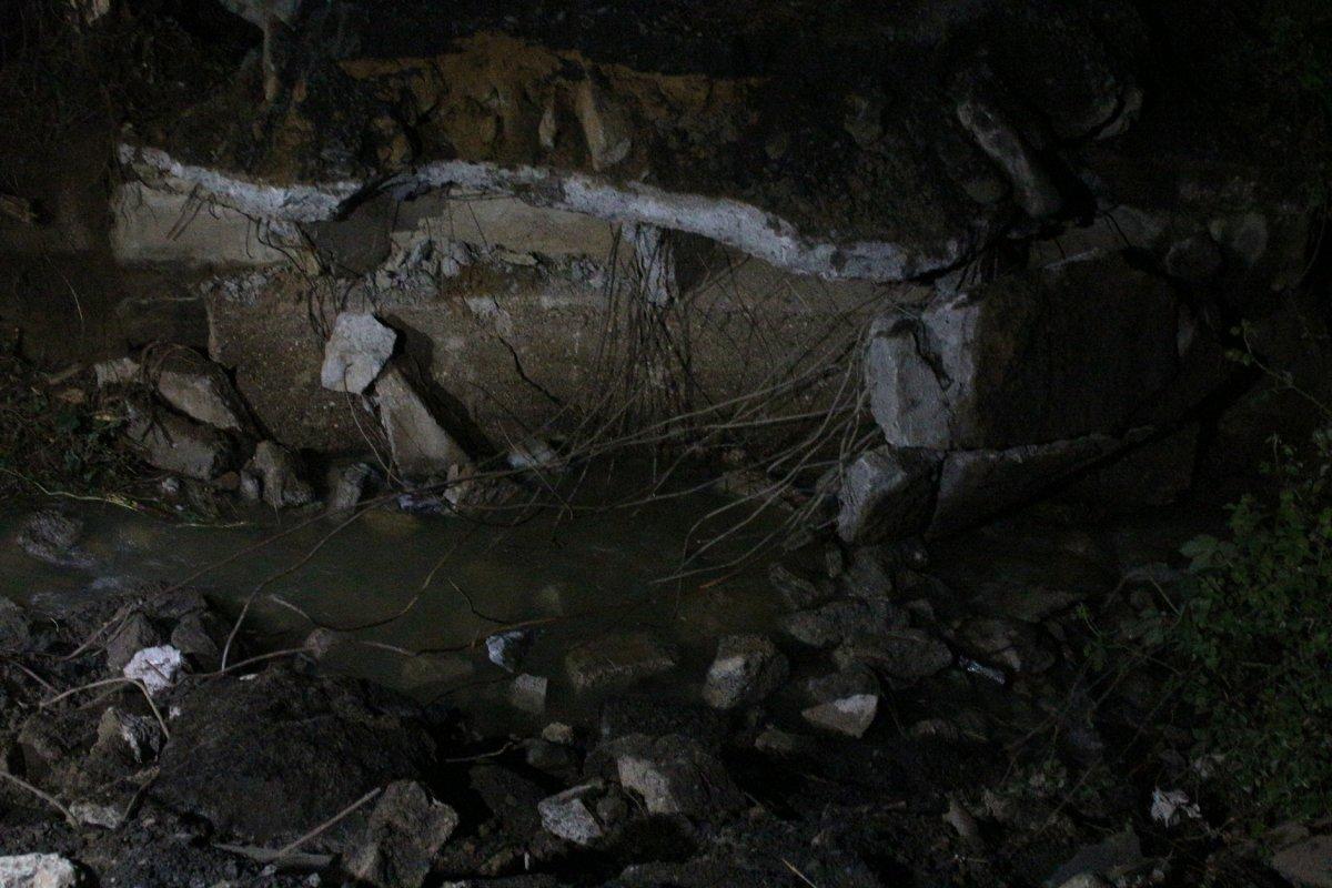 Sarıyer'de 3 gün önce çöken köprünün etrafı kapatıldı #2