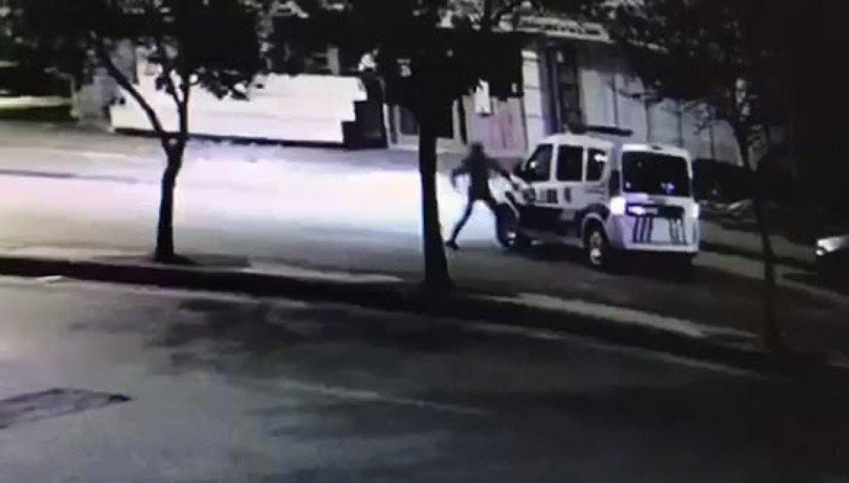 Ankara da polis otosuna saldırıp, kaçmaya çalıştı #1