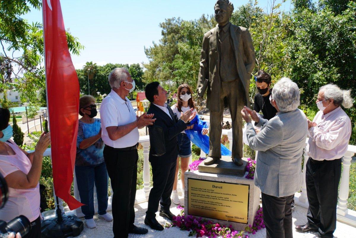 CHP li Bodrum Belediyesi nden  Nazım Hikmet  heykeli #1