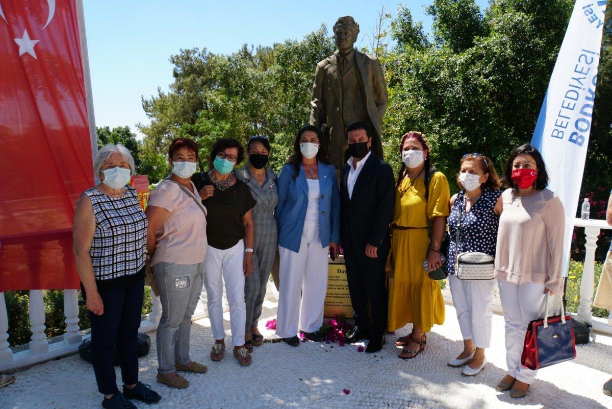 CHP li Bodrum Belediyesi nden  Nazım Hikmet  heykeli #4
