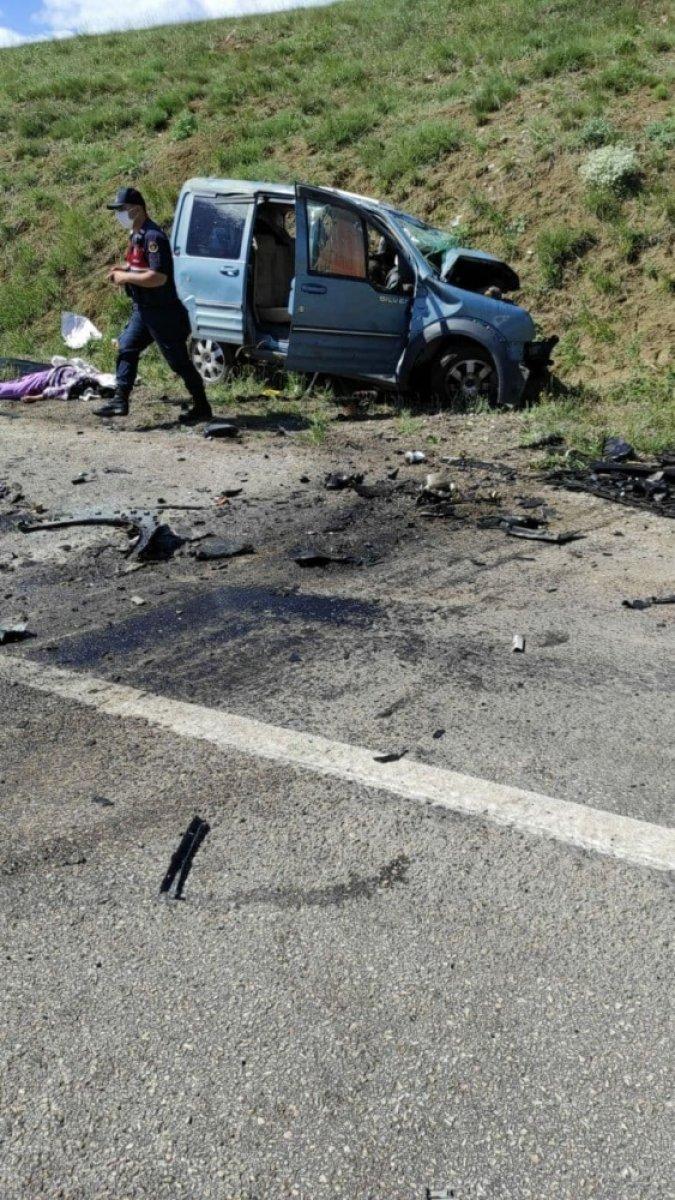 Sivas ta kaza: 9 ölü  #3