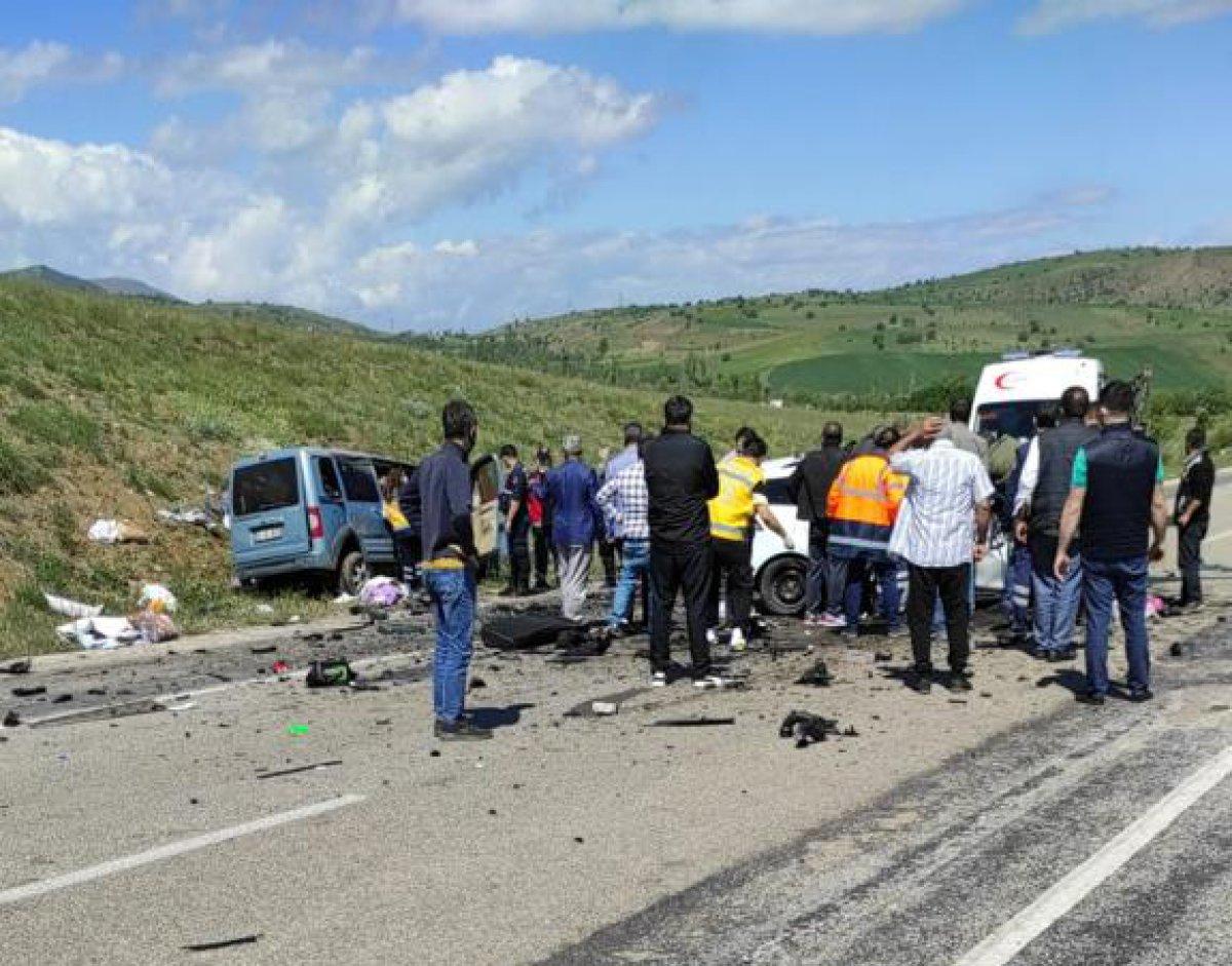 Sivas ta kaza: 9 ölü #5