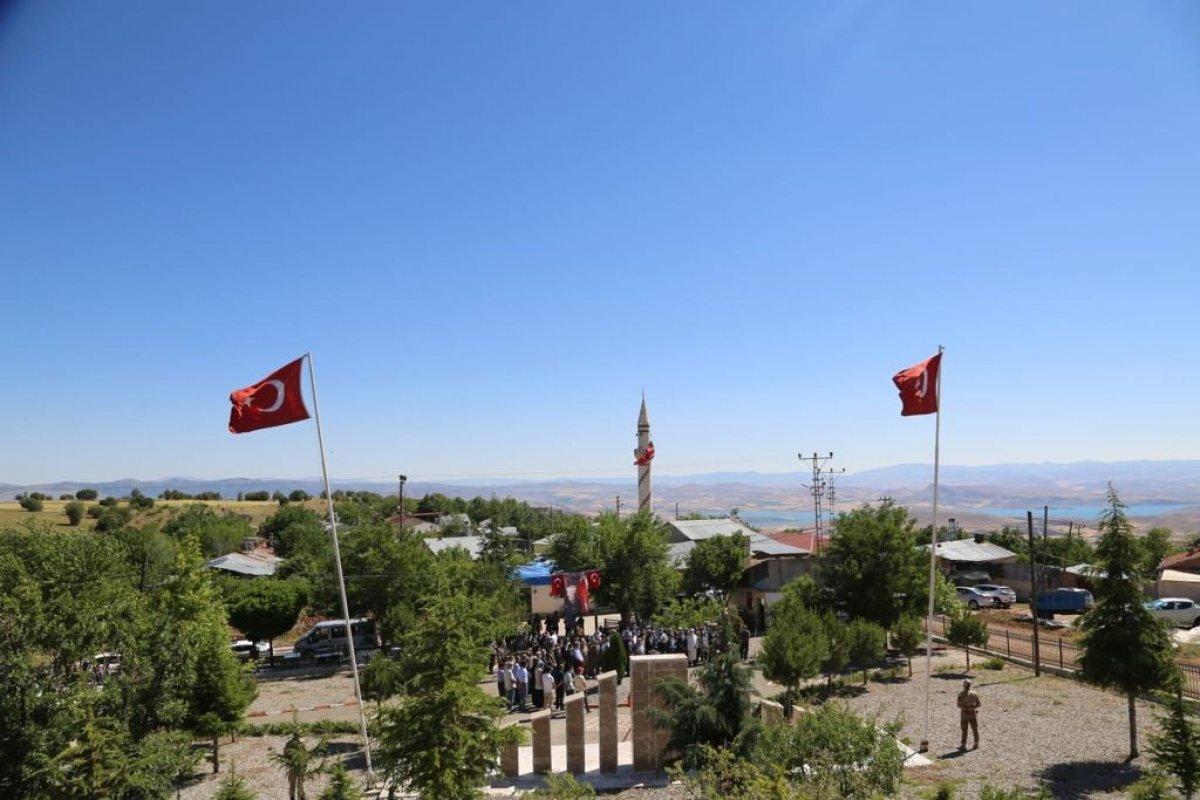 Tunceli'de sivil şehitler için anma töreni #1