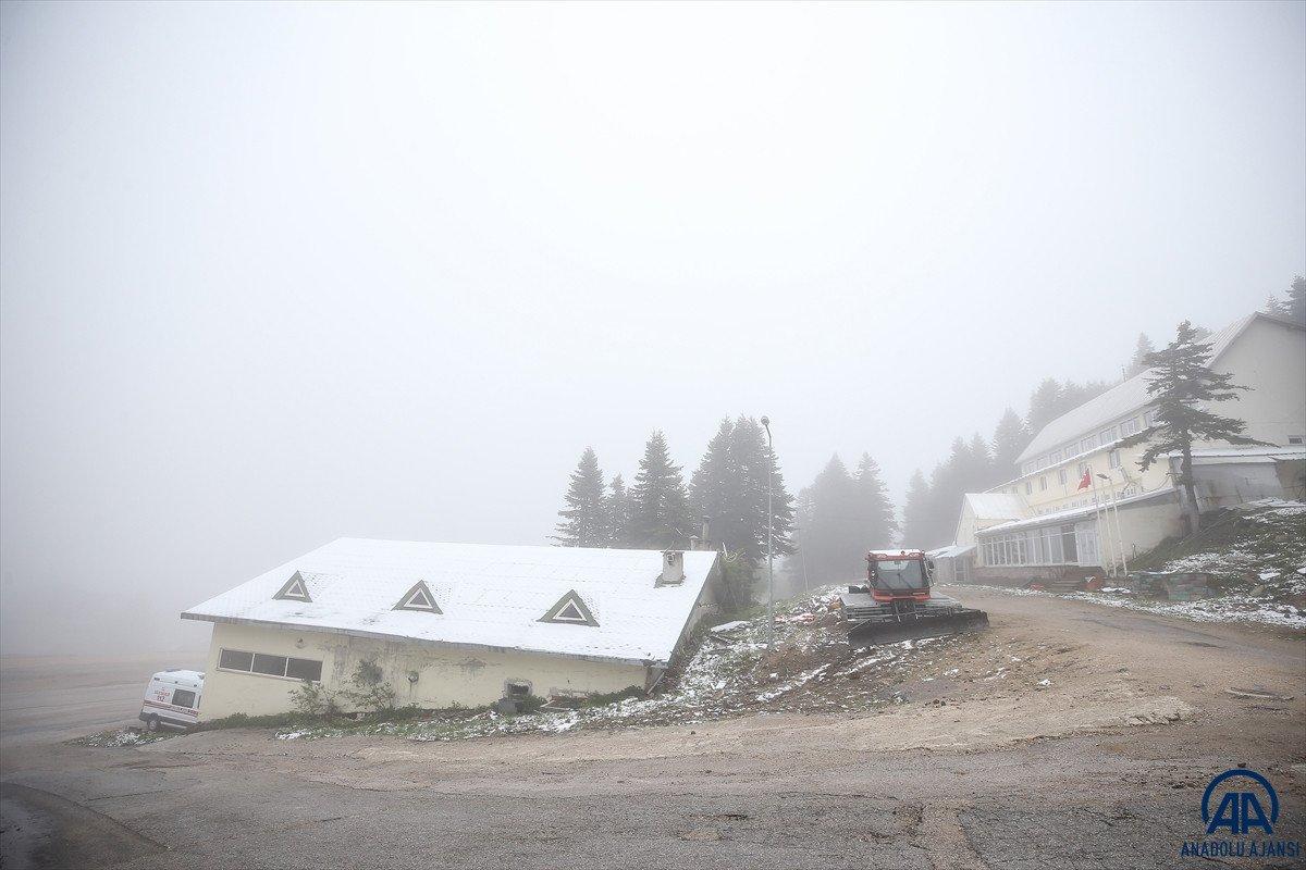 Uludağ'a Haziran ayında kar yağdı #9