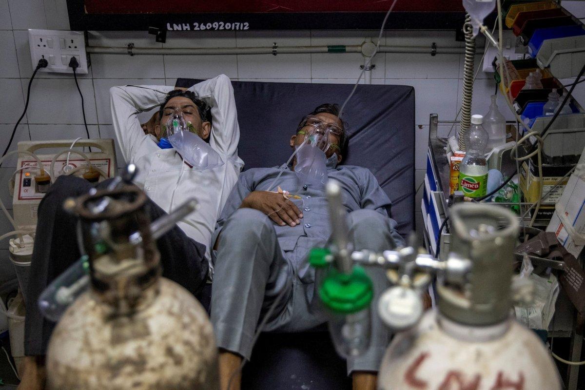 Hindistan'da koronavirüsten 2 bin 713 kişi öldü #3