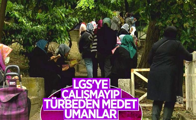 İstanbul'da LGS öncesi Zuhuratbaba Türbesi'ne akın ettiler