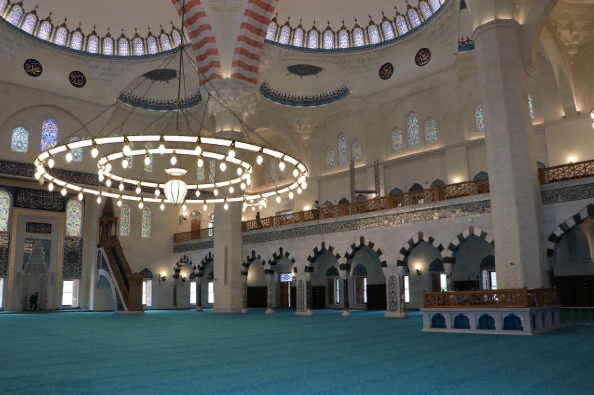 Uzun Mehmet Camii, ibadete açıldı  #21