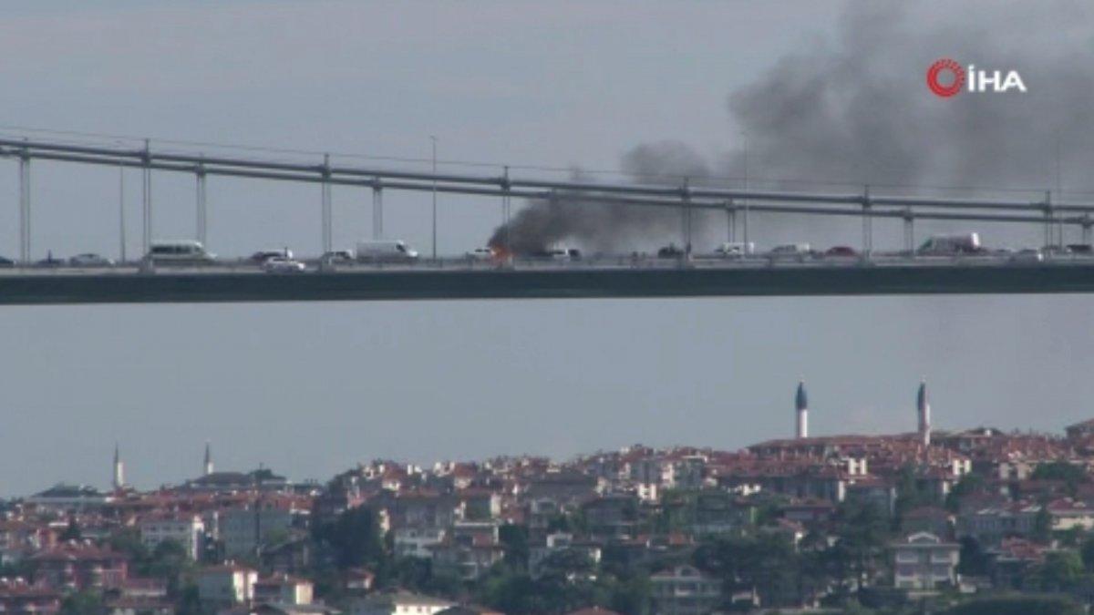 FSM Köprüsü nde araç alev alev yandı #3