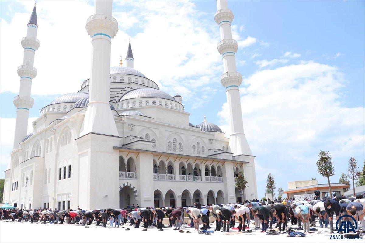 Uzun Mehmet Camii, ibadete açıldı  #17
