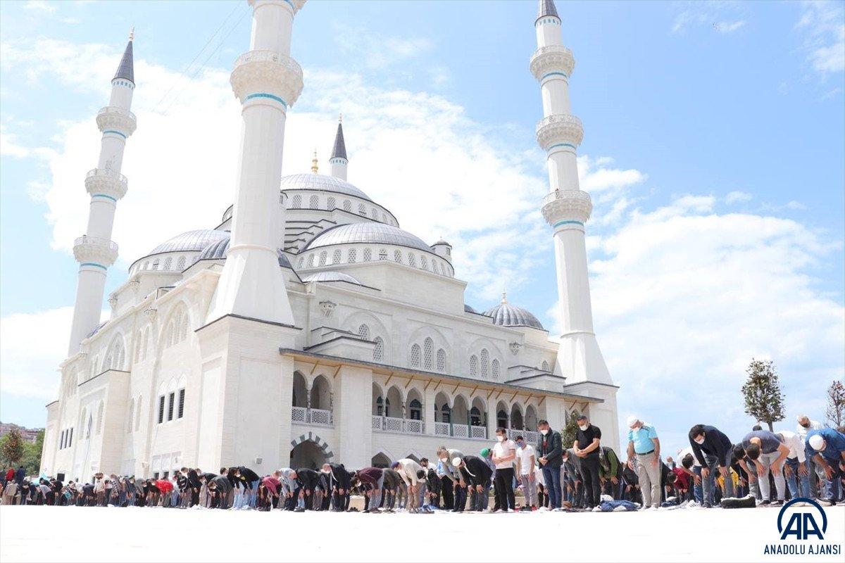 Uzun Mehmet Camii, ibadete açıldı  #18