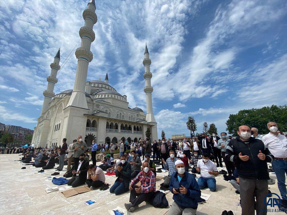 Uzun Mehmet Camii, ibadete açıldı  #8