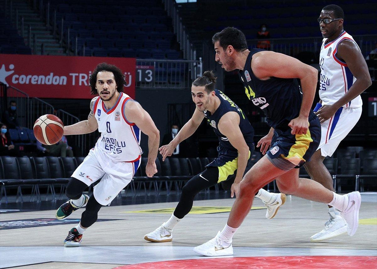 Anadolu Efes - Fenerbahçe maçında kavga #7