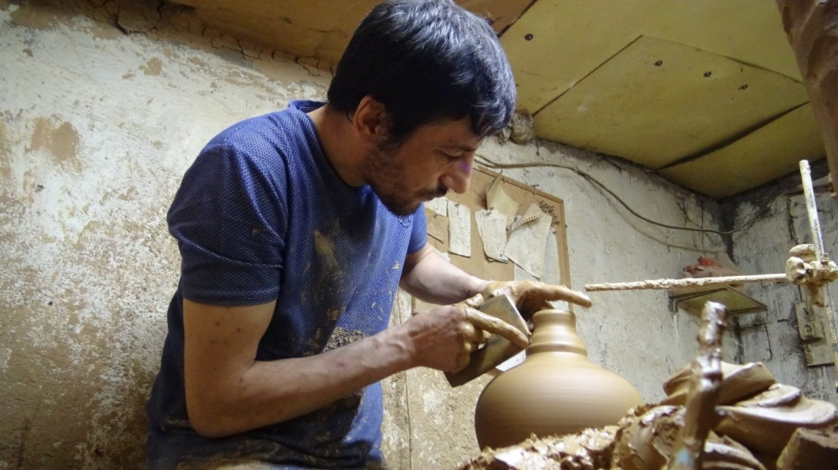 İznik te ürettiği el işi seramikleri Avrupa'ya ihraç ediyor #2