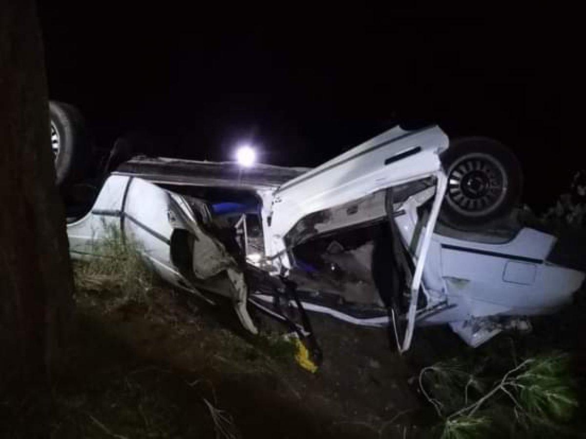 Adana da otomobil şarampole yuvarlandı: 1 ölü #1