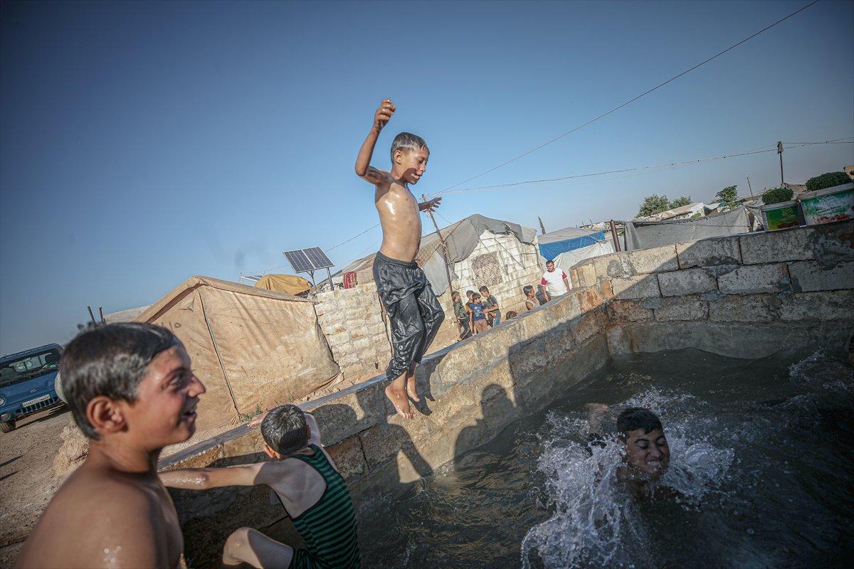 Suriyeli çocukların havuz keyfi  #11