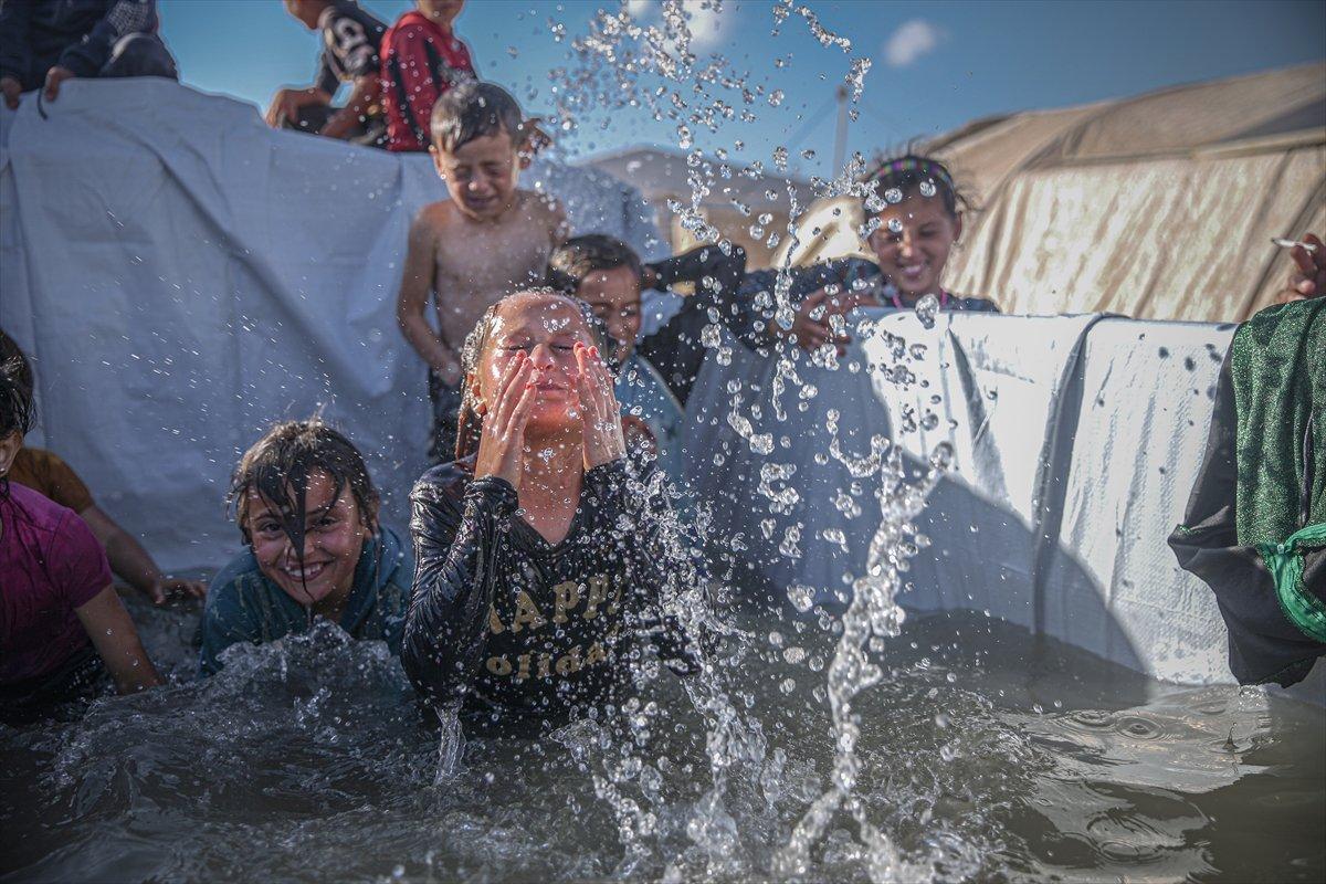 Suriyeli çocukların havuz keyfi  #6