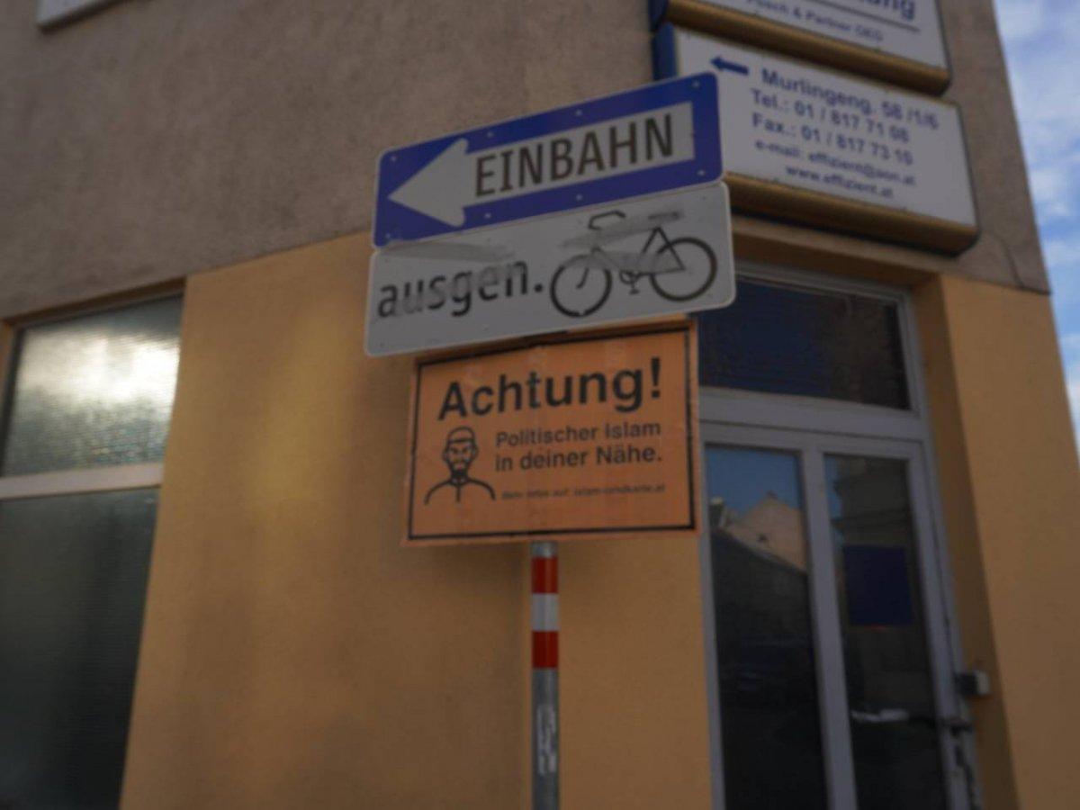 Avusturya'da Müslümanlara karşı ırkçı tabelalar #2