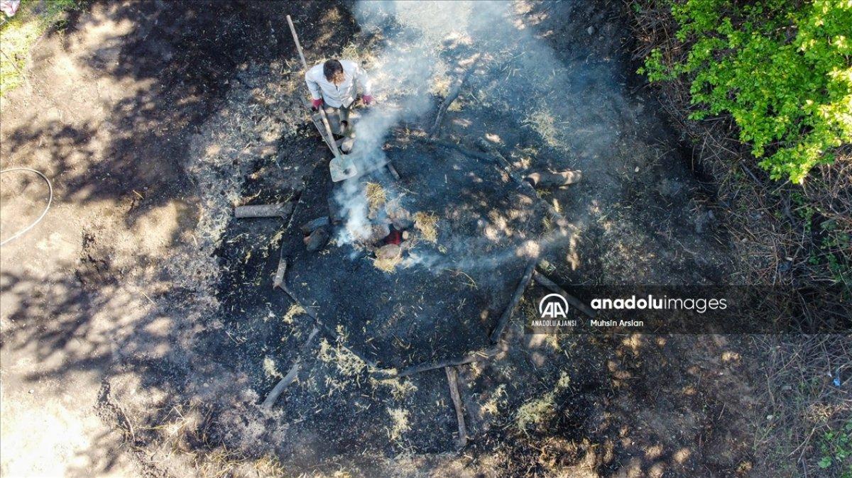 Bilecik te meşe odunlarını mangal kömürüne dönüştürüyorlar #4