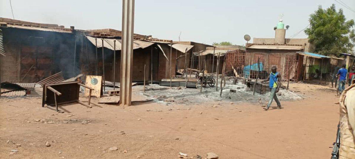 Burkina Faso da terör saldırısı: 100 sivil öldü #10