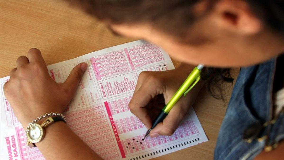 1 milyon 200 bin öğrenci, koronavirüs önlemleri altında LGS ye giriyor #1