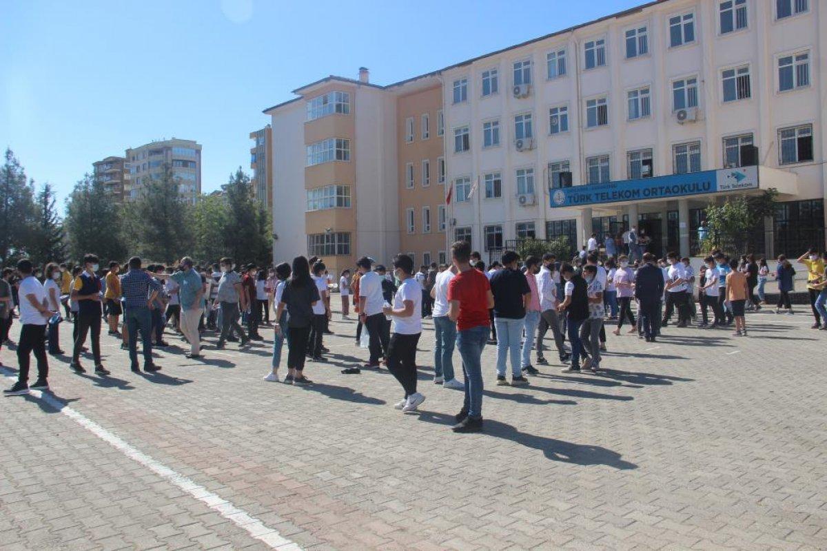 Türkiye genelinde LGS heyecanı yaşanıyor  #22