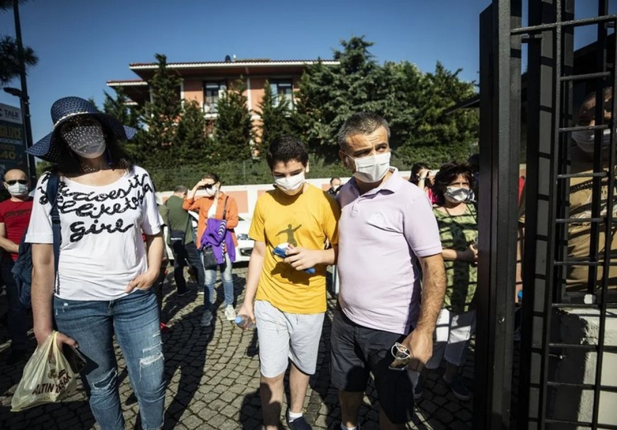 1 milyon 200 bin öğrenci, koronavirüs önlemleri altında LGS ye giriyor #3