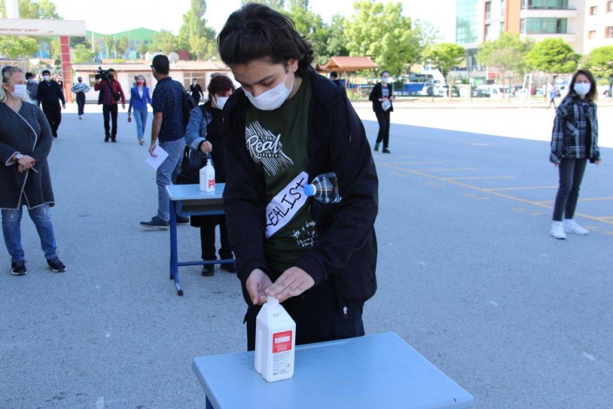 Türkiye genelinde LGS heyecanı yaşanıyor  #34