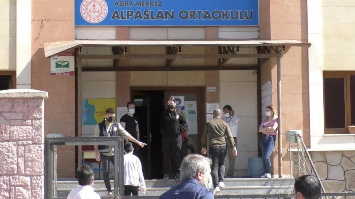 Türkiye genelinde LGS heyecanı yaşanıyor  #21