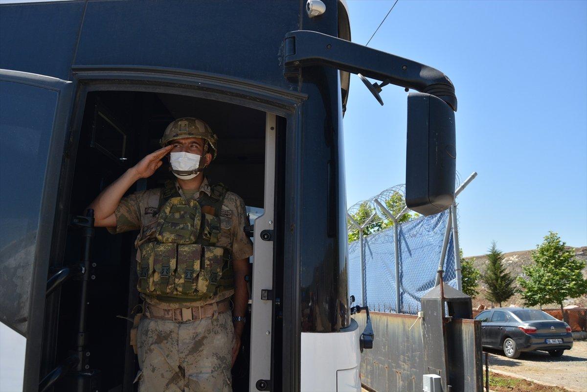 Gaziantep te komandolar Suriye ye uğurlandı #17