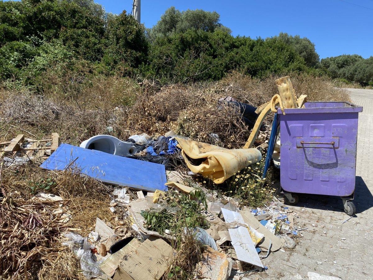 CHP nin yönetimindeki Çeşme de çöp krizi #4