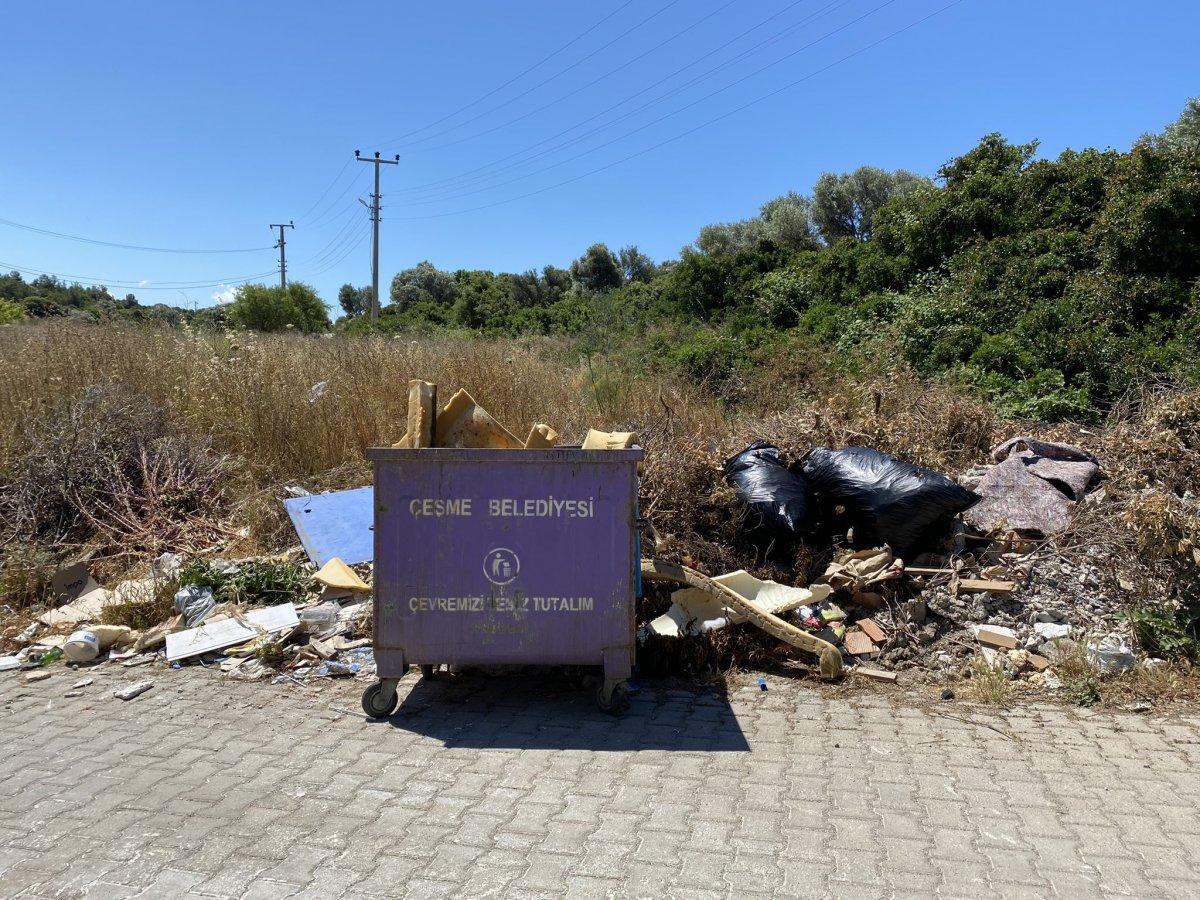 CHP nin yönetimindeki Çeşme de çöp krizi #3