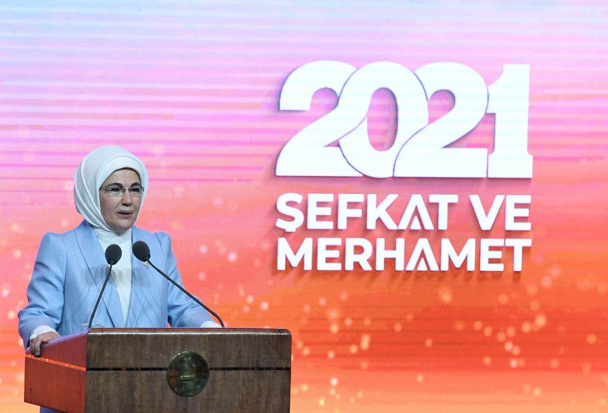 Emine Erdoğan: Sanayi devrimi, insan maneviyatına zarar verdi  #2