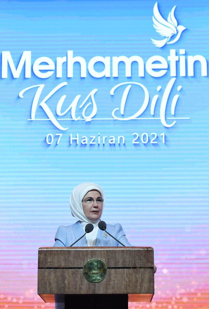 Emine Erdoğan: Sanayi devrimi, insan maneviyatına zarar verdi  #4
