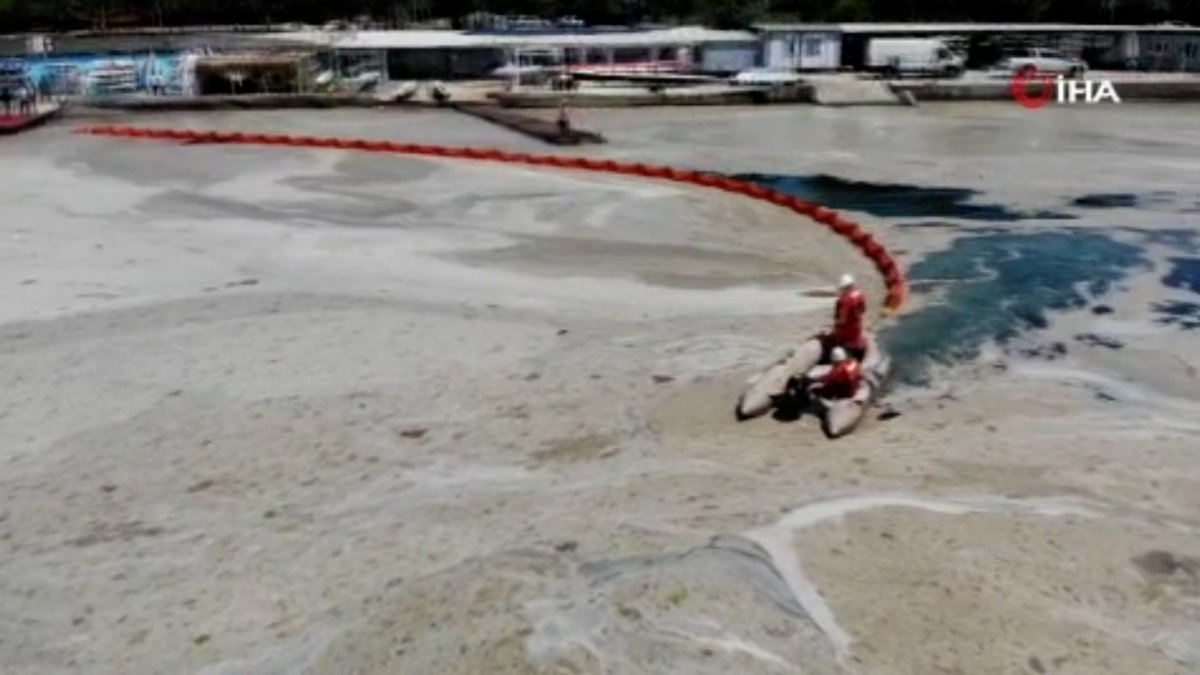 Caddebostan sahilinde müsilaj temizliği  #5