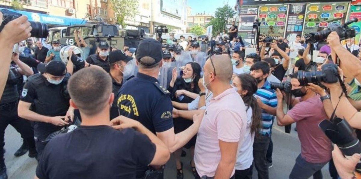 Diyarbakır da Kürtçe eğitim isteyenlerle polis arasında arbede #3