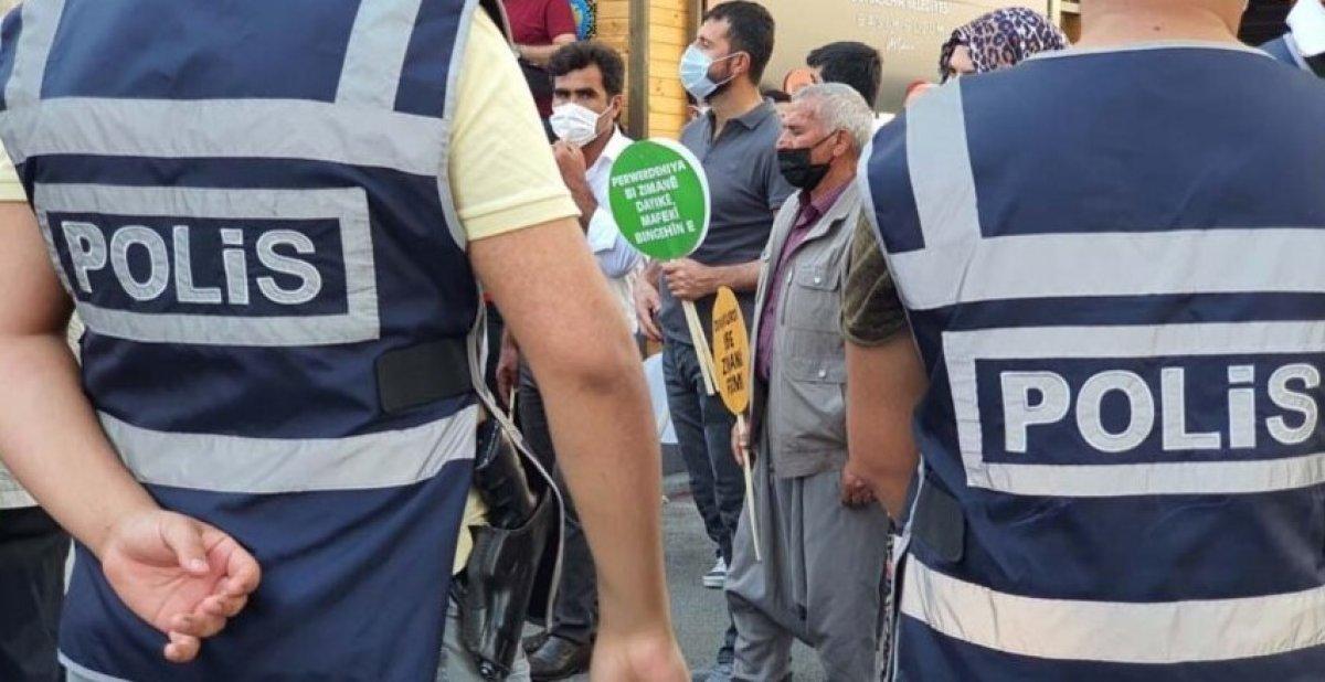 Diyarbakır da Kürtçe eğitim isteyenlerle polis arasında arbede #2
