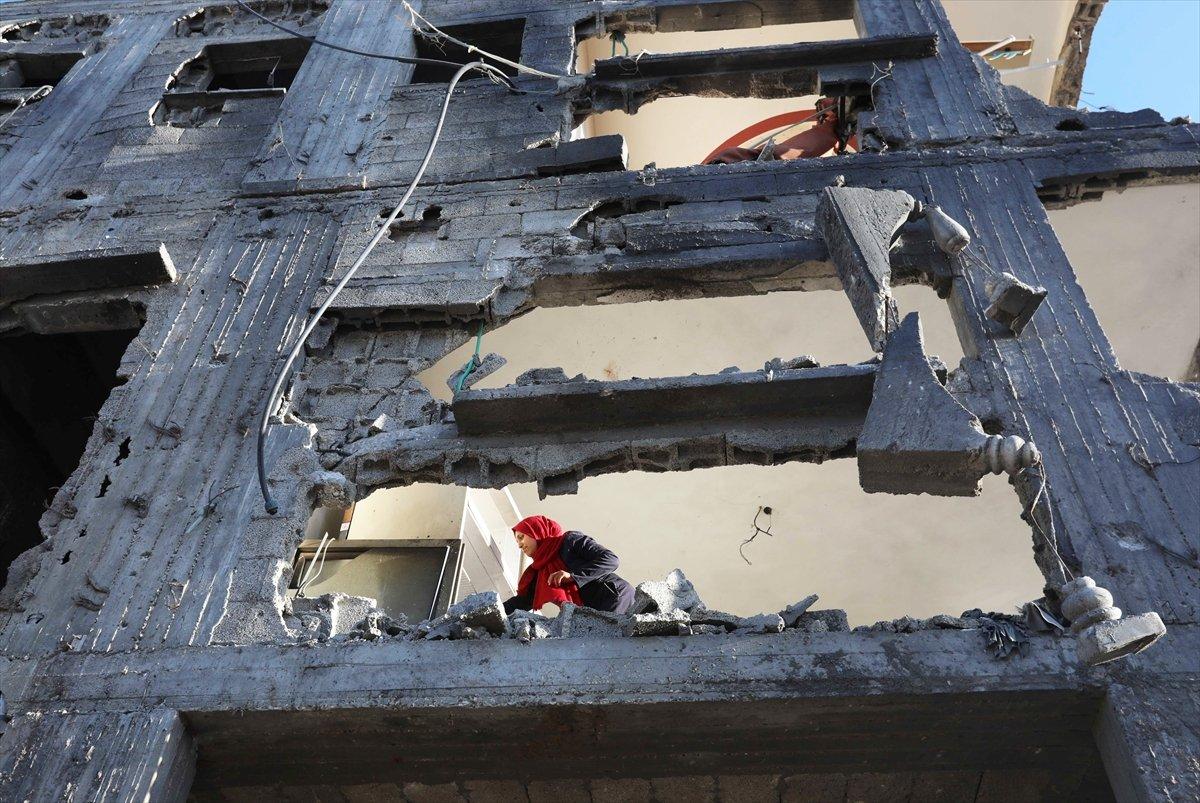 Filistinliler harabeye dönen evlerine geri döndü #5