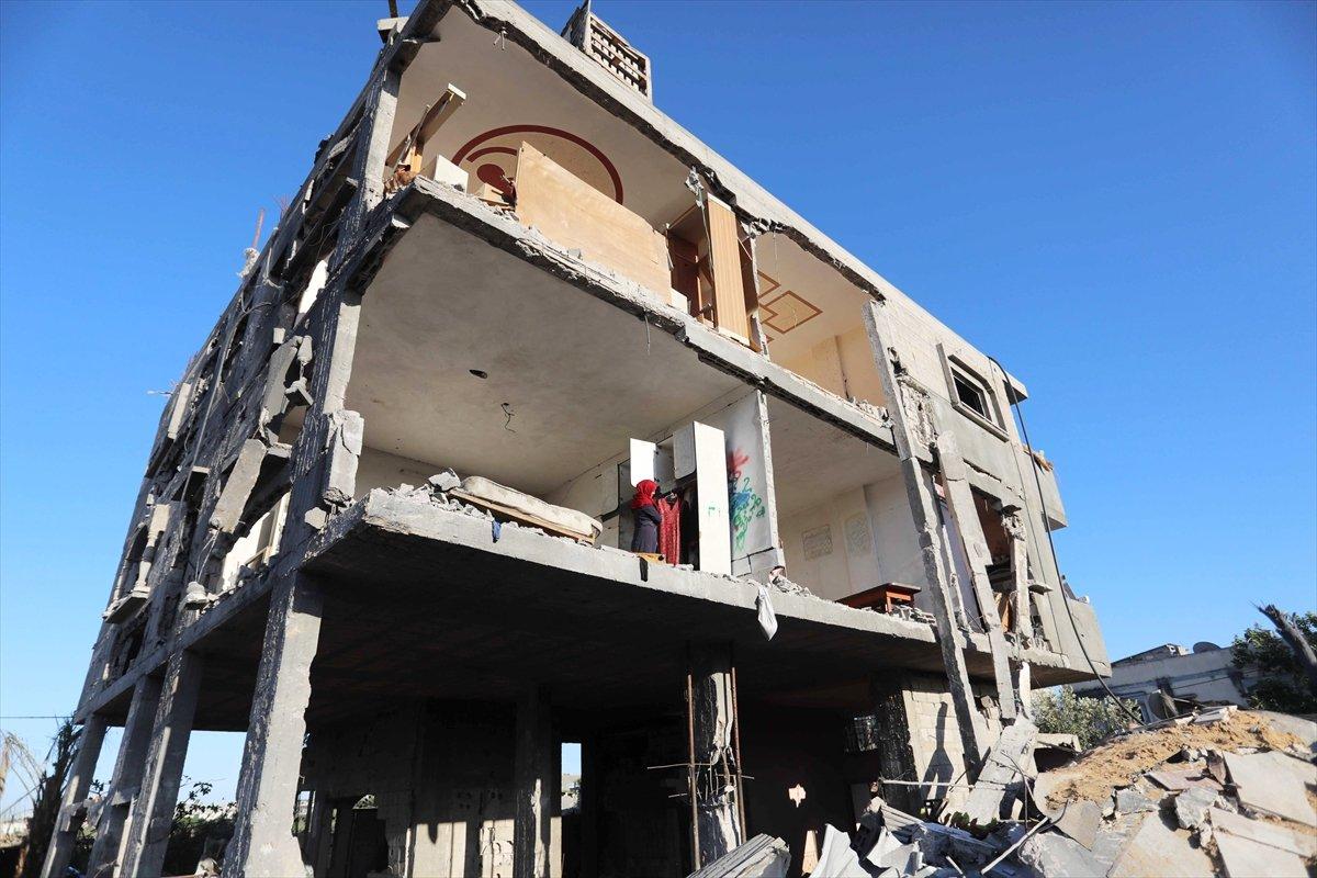 Filistinliler harabeye dönen evlerine geri döndü #7